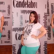 Look Plus Size Candelabro: T-shirt com Chifon