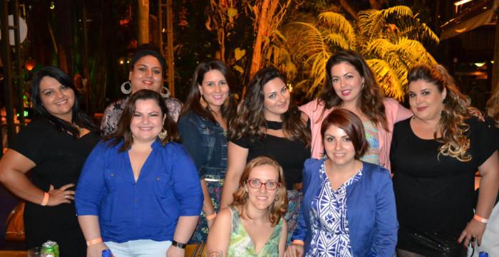 Todas as blogueiras reunidas com Fluvia Lacerda e as donas da Melinde Brasil (Daniele e Vanessa Licciardi)
