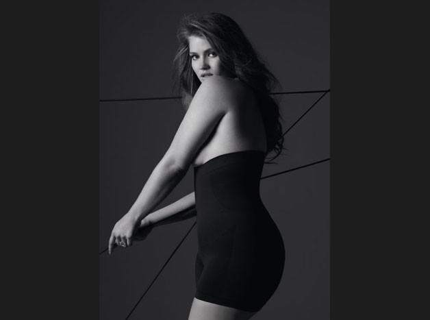 Tara Lynn a top internacional, fotografou no passado para a Plié.