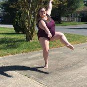 Lizzy Howell – A bailarina gorda que se tornou hit da web!