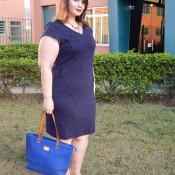 Vestido plus size com bolsos by Chic e Elegante